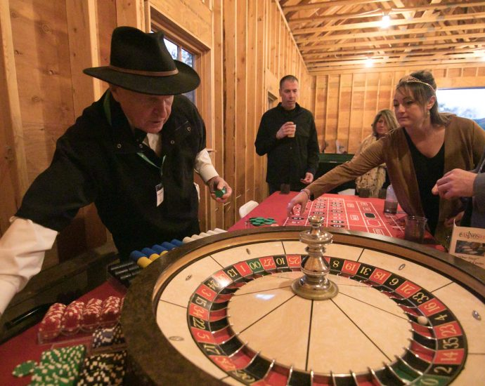Marriage And Casino Have More In Frequent Than You Assume